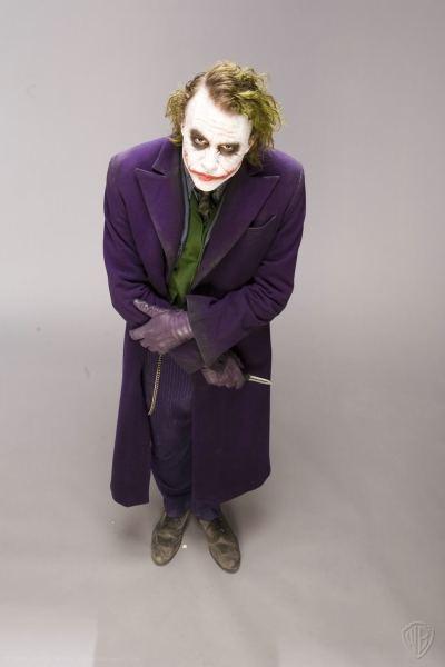 The-Dark-Knight-Joker-the-joker-9712045-966-1450