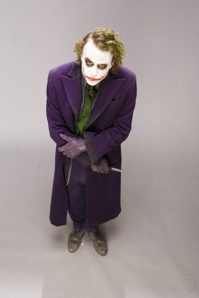 The-Dark-Knight-Joker-the-joker-9712045-966-1450