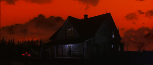 Dolores-Claiborne-blood-red-sky-house