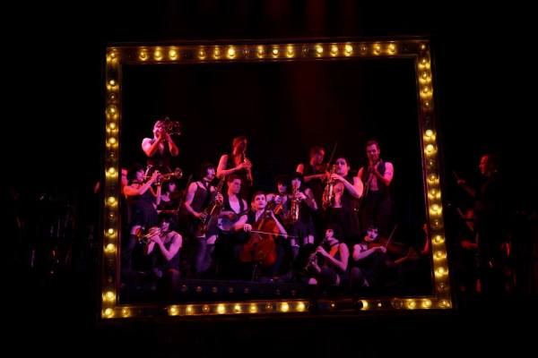 cabaret-broadway-2014-the-orchestra-is-beautiful