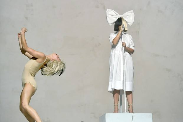 sia-coachella-day-3-compressed